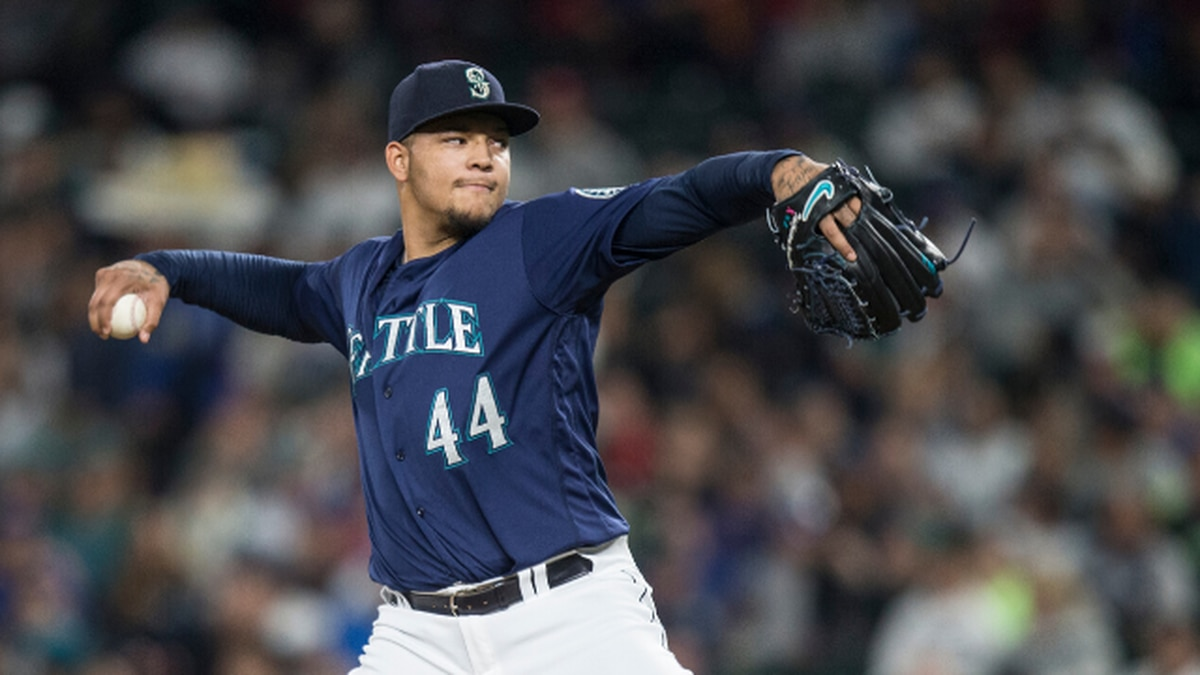 Mariners reach deal to bring back Taijuan Walker