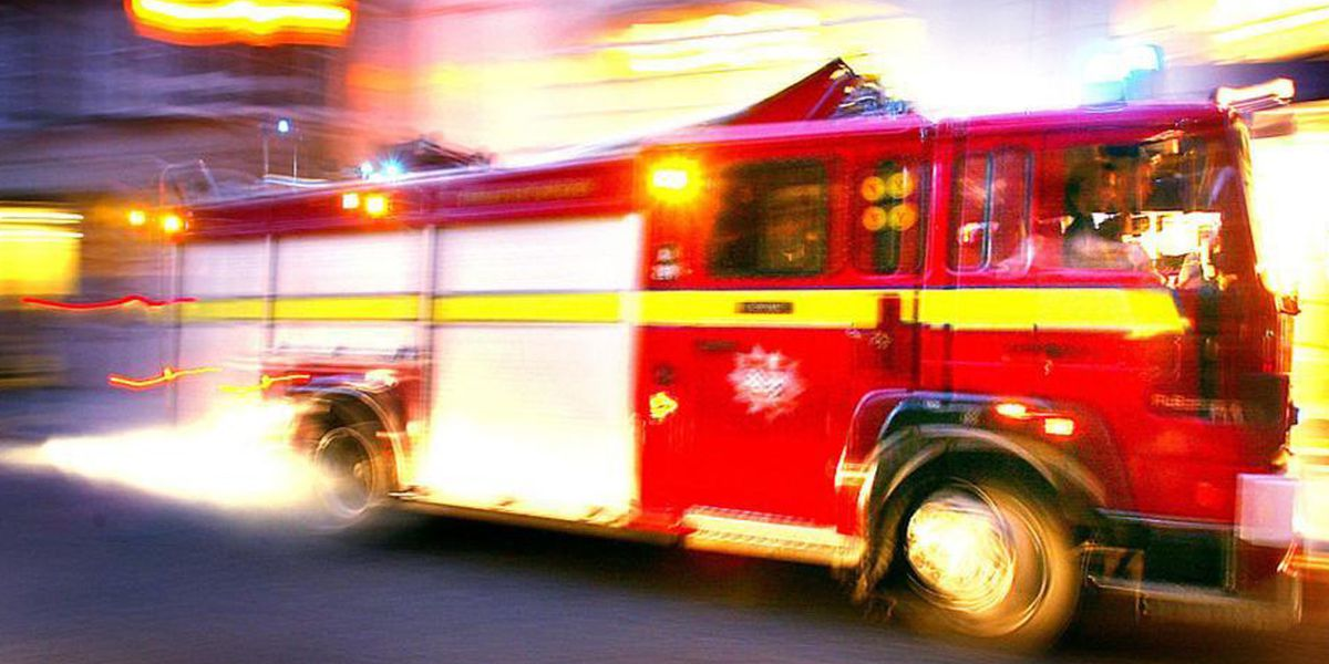2 citizens, 3 firefighters sickened by carbon monoxide