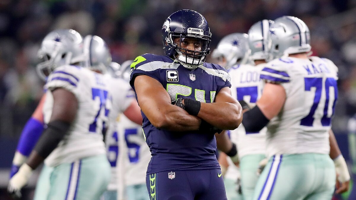 Seahawks sign Bobby Wagner to multi-year contract extension