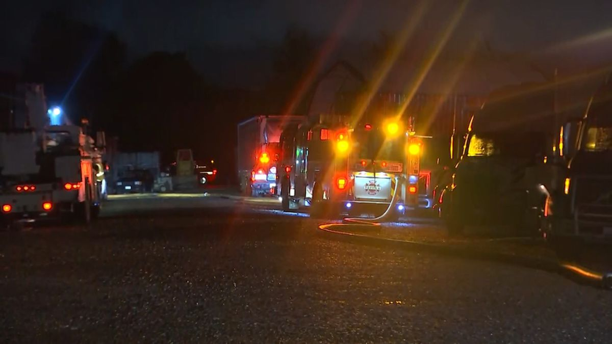 Metal shop catches fire overnight in Fife