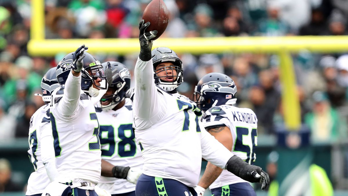 Seahawks defensive tackle Al Woods suspended four games