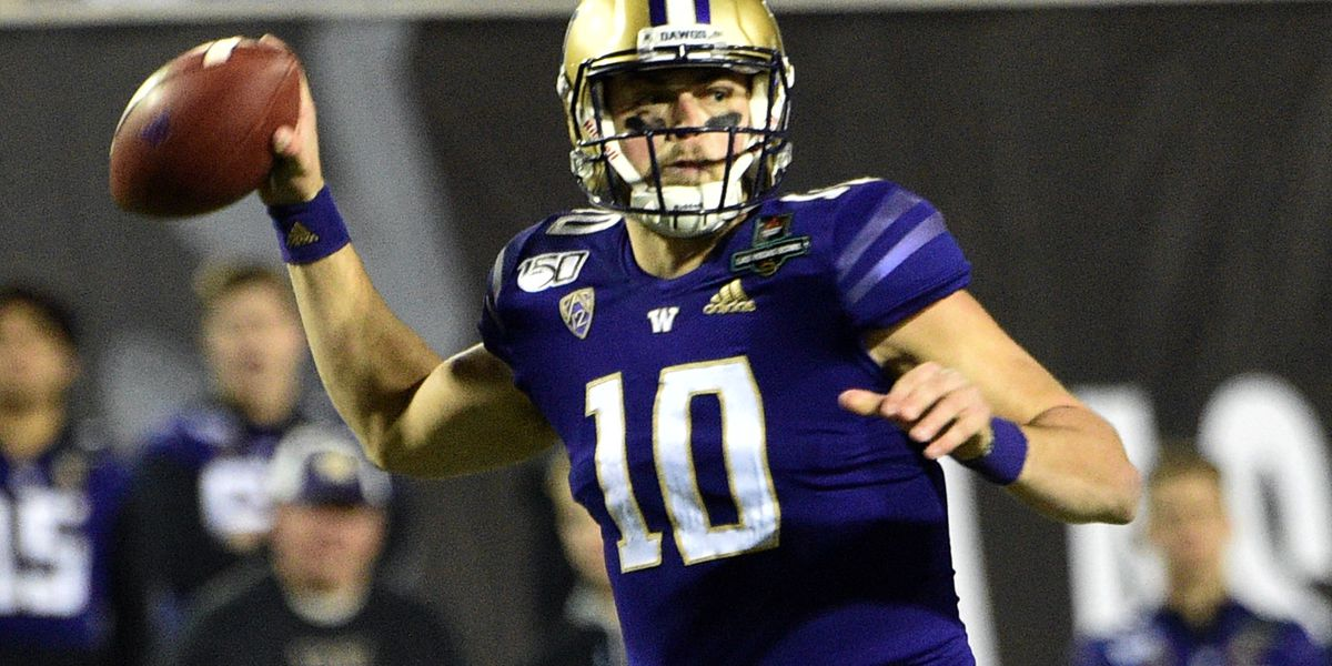 Washington routs No. 18 Boise State in Petersen's finale