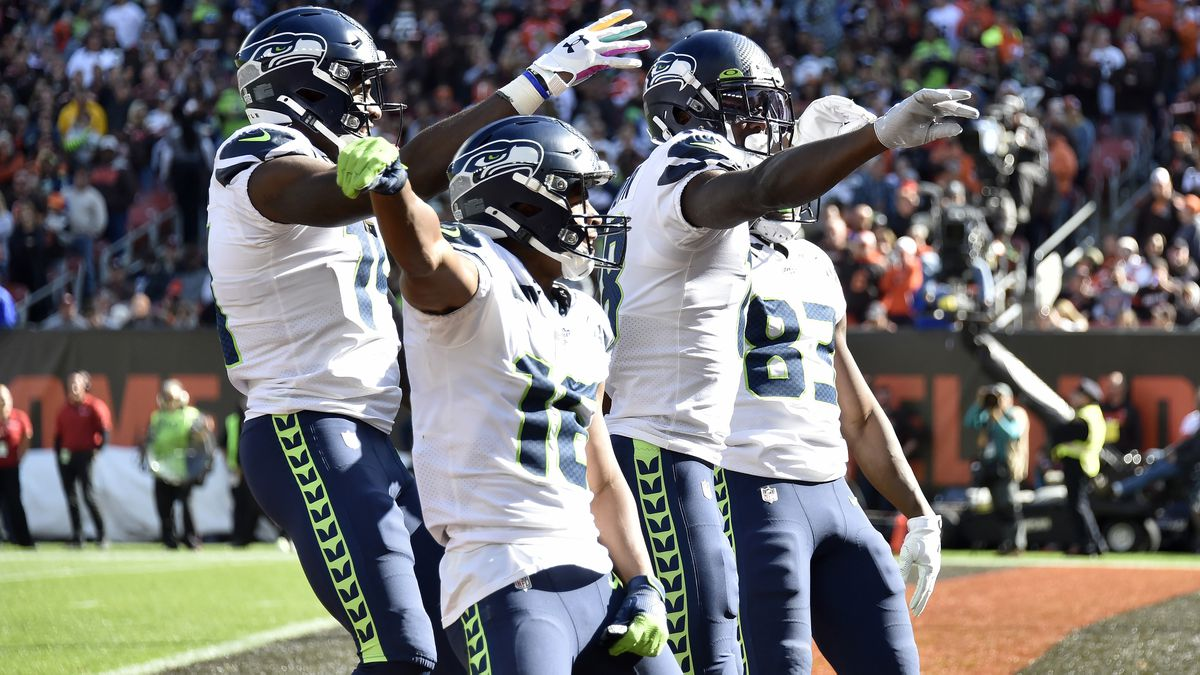 NSYNC gives Seahawks high scores for 'Bye Bye Bye' TD celebration