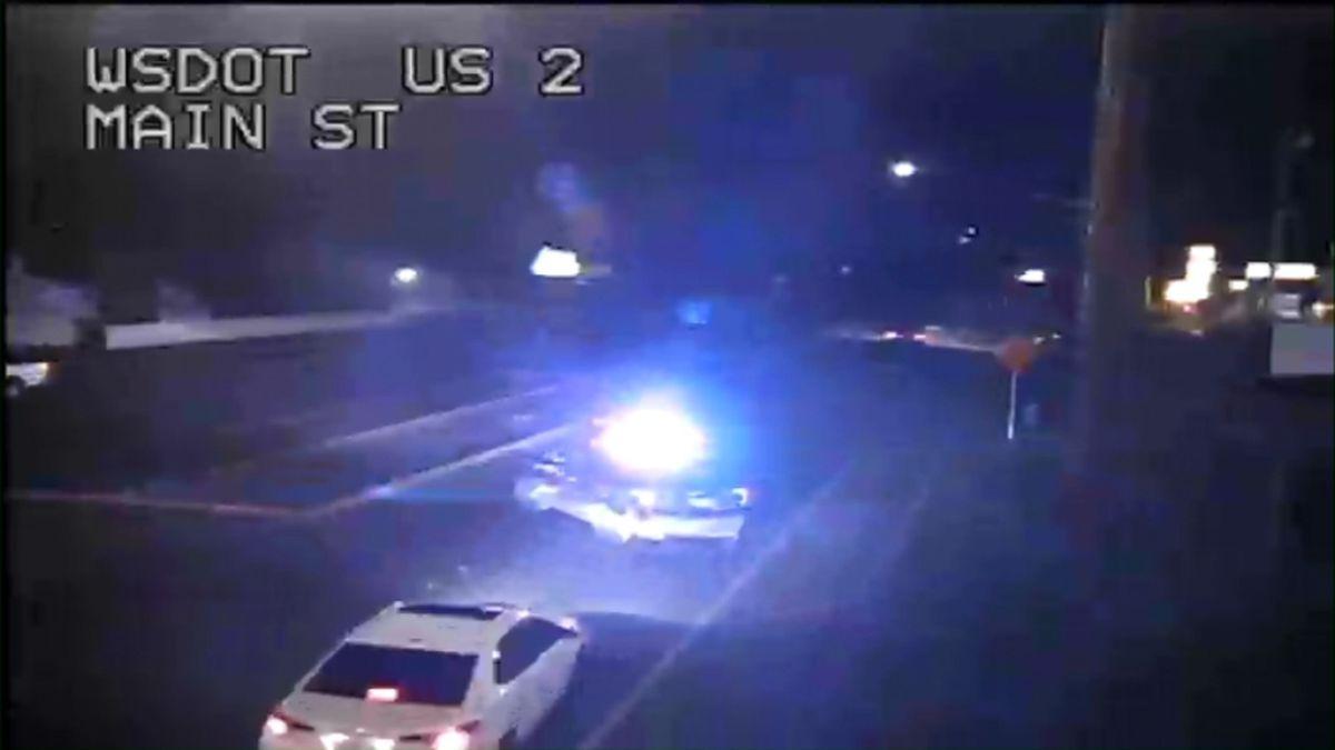 Pedestrian struck by vehicle on SR 2 in Monroe