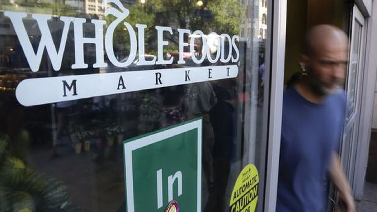 whole foods recalls cheese because of listeria risk