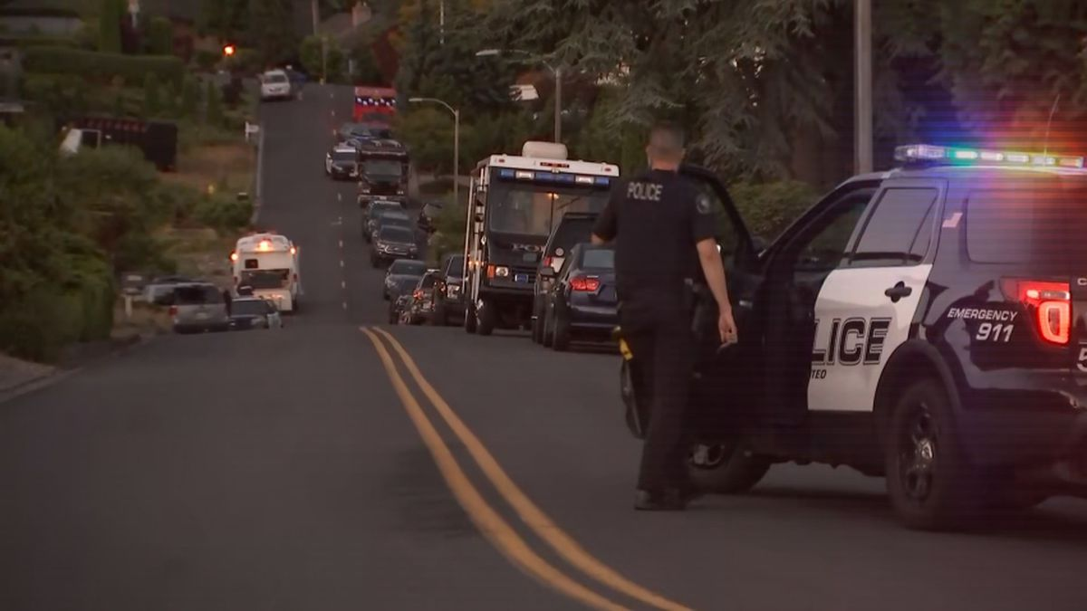 House found empty after hours-long standoff in Mukilteo